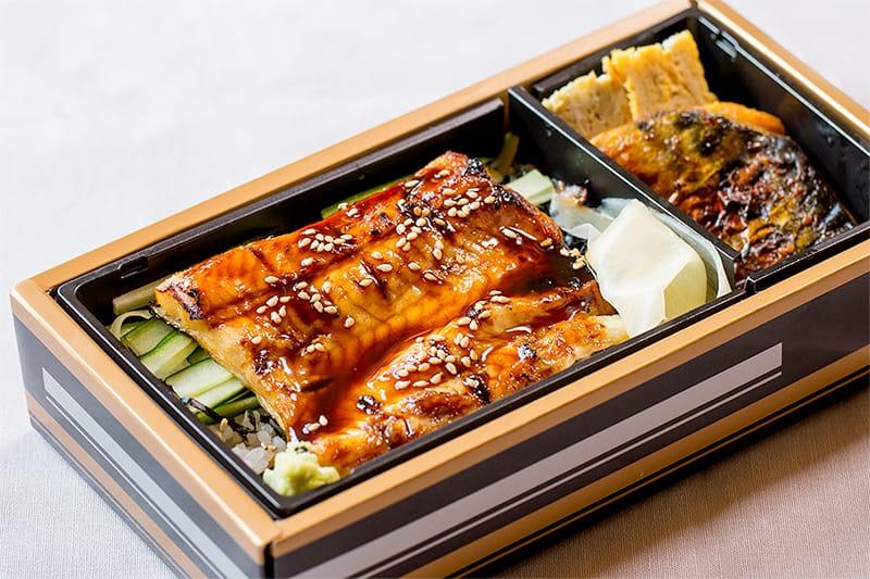 鮨 季節料理ささきの穴子弁当