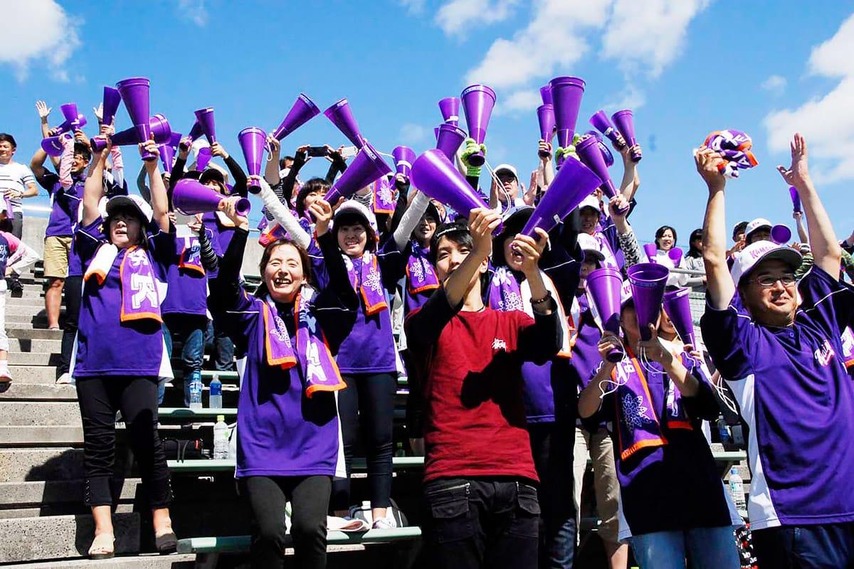 統合後初の決勝進出、東北大会出場に沸く父母会の応援席