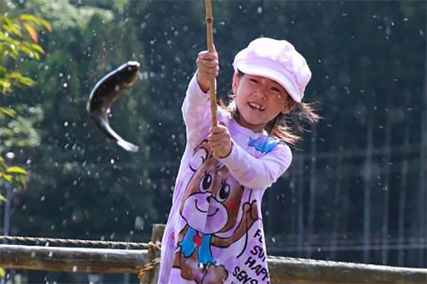 【はしの四季まつり】ニジマス釣り大会