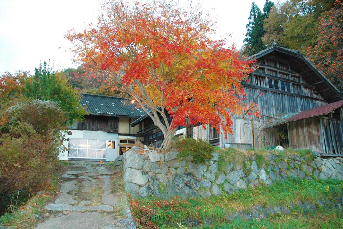 改修が進められてきた橋野町中村の築90年の古民家
