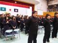 在校生と最後のエール交換をする釜石高の卒業生(