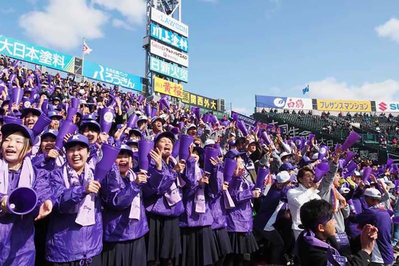 五回裏、待望の1点に沸き立つ釜石応援団