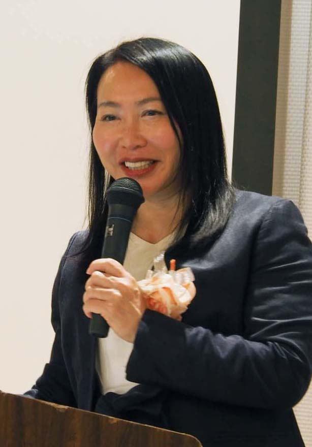 橋野の価値や世界遺産を生かした観光へのアイデアを話す加藤康子さん
