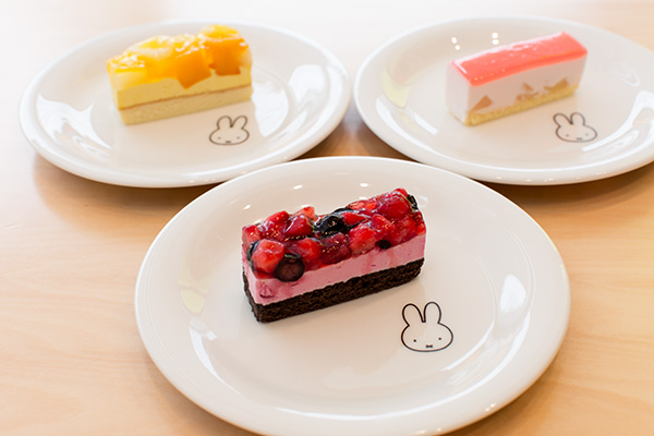 ミッフィー バースデーケーキ