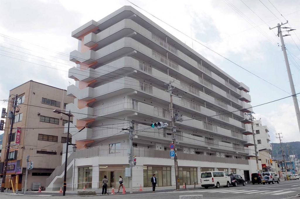 市中心部に完成した大町復興住宅4号