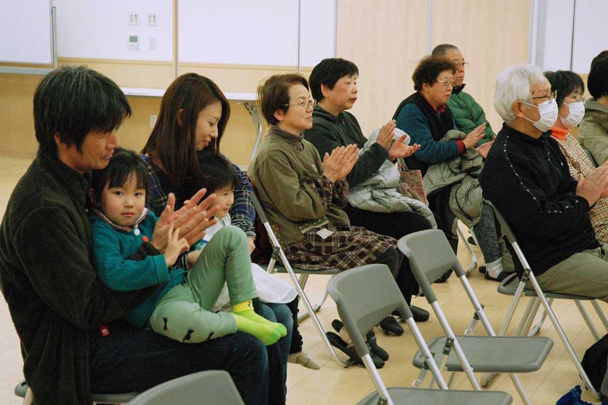 観客は柴田さんの演奏技術に感心しながら、口笛音楽の世界を堪能した