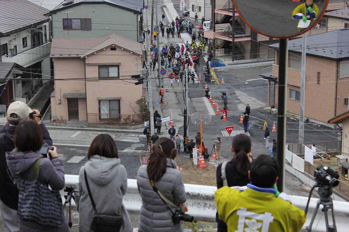 仙寿院がある高台からはスタート地点が見える