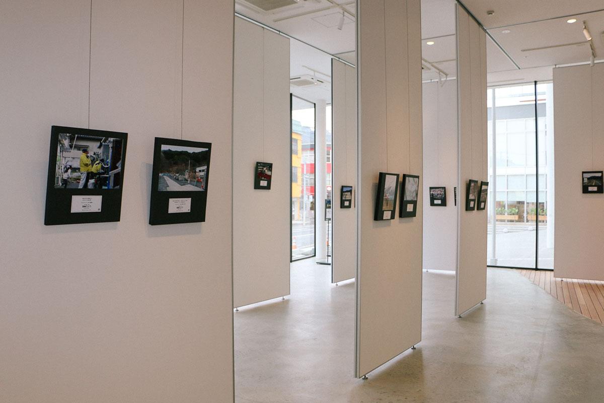 釜石市民ホールでの写真展の様子