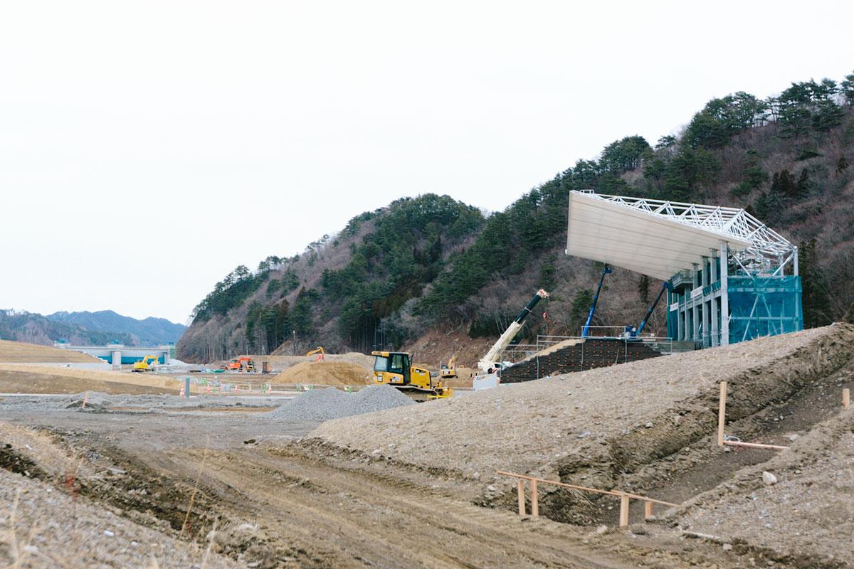 建設中の釜石鵜住居復興スタジアム