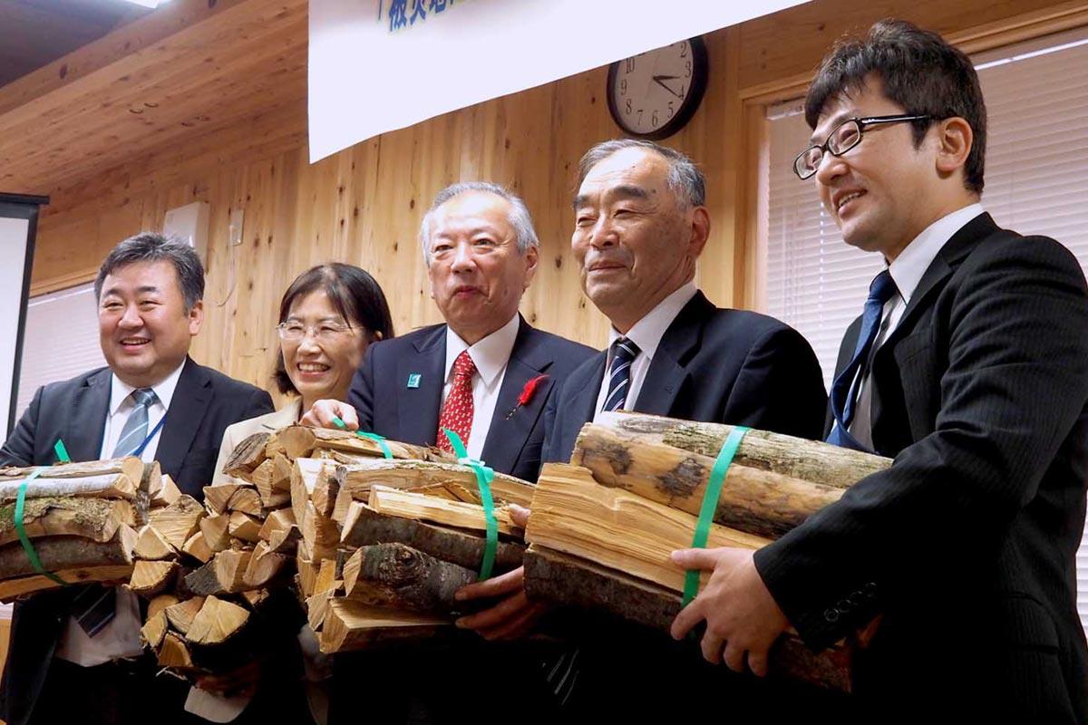 福祉と林業を組み合わせた就労支援事業を始めた関係者