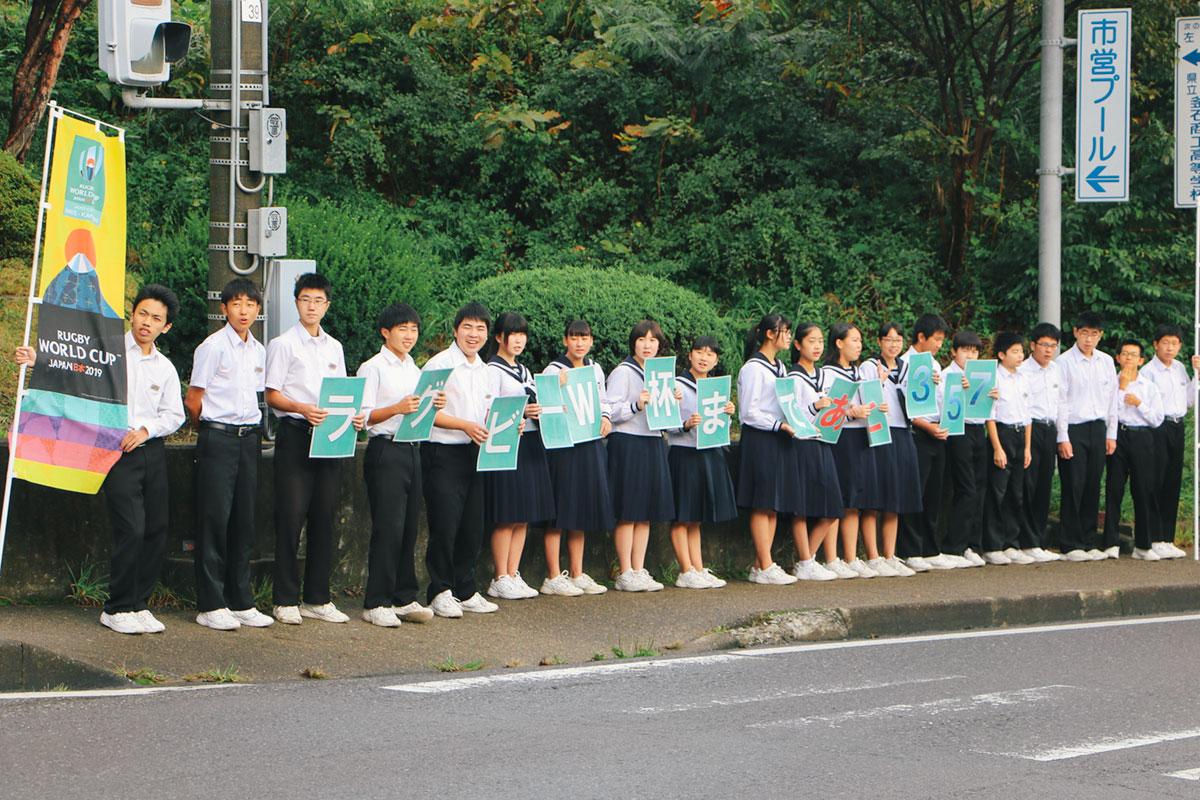 釜石市立大平中学校 朝のあいさつ運動