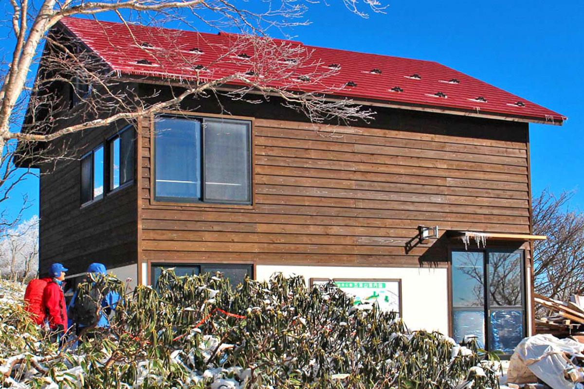 改築工事を終え、供用開始となった五葉山の石楠花荘