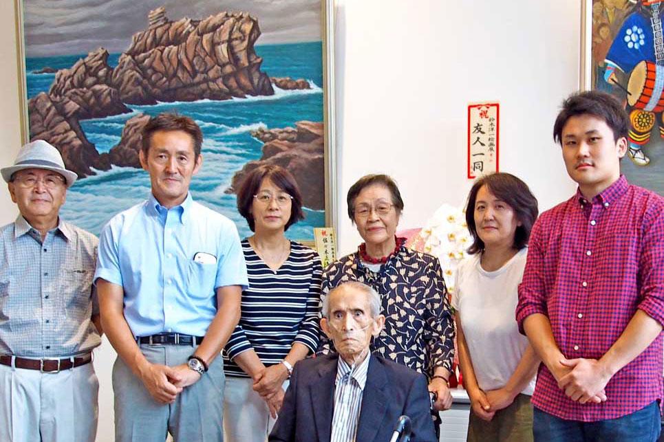 80年の創作活動集大成、元小学校長の鈴木洋一さん 市民ホールで初の個展〜絵を描くことが生きがいに、「元気なうちに」と家族が企画
