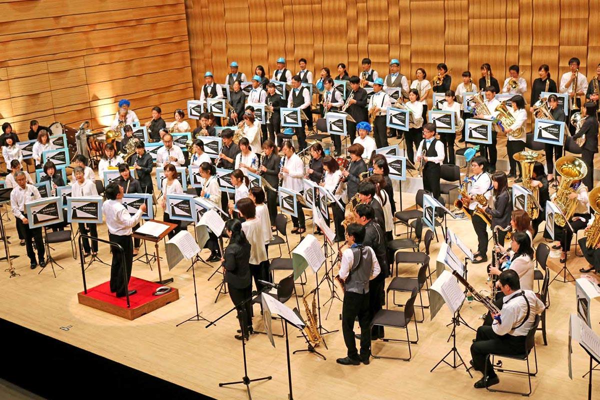 釜石、板橋の団員が同じステージに立ち、音楽の楽しさを伝えた演奏会