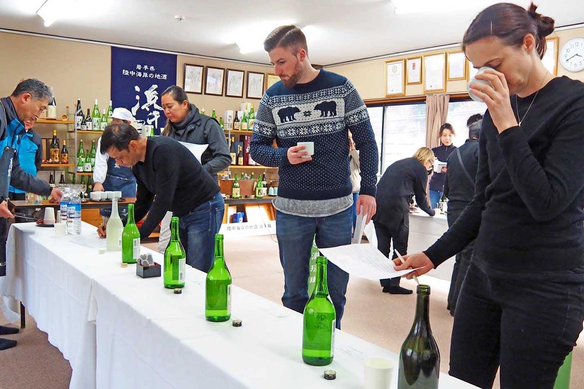 浜千鳥14種類を飲み比べ、日本酒の奥深さに触れた