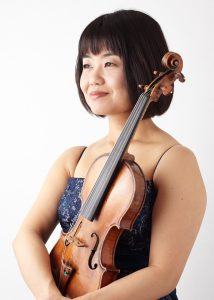 小川 有紀子(おがわ ゆきこ) ヴァイオリン