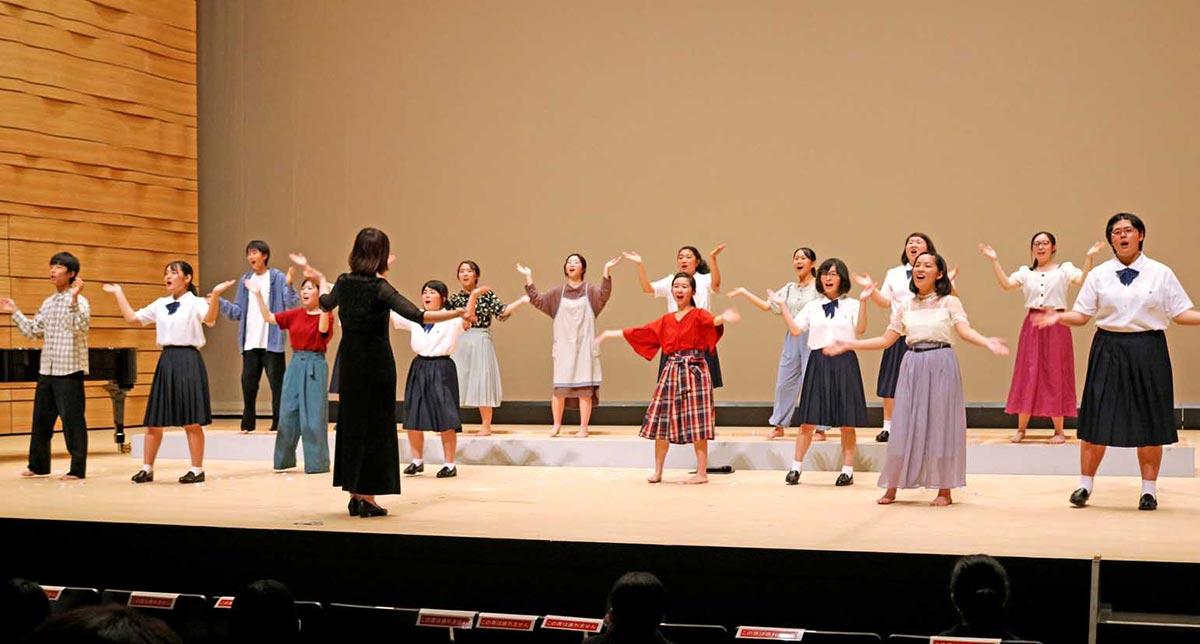 釜石高、、宮古高の部員が心をひとつに歌い上げた「願い〜震災を乗り越えて〜」=アンコールで
