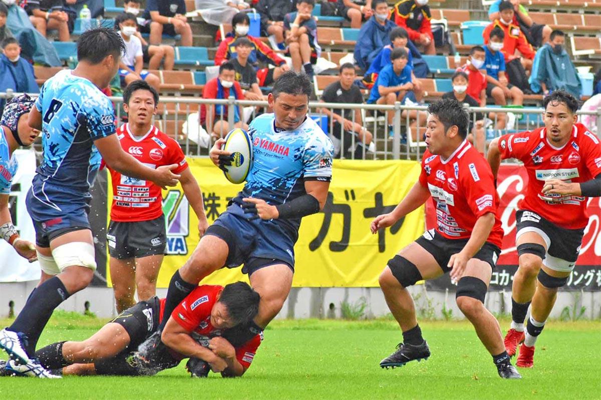元日本代表、ヤマハの五郎丸歩に釜石SWの選手が食らいつく