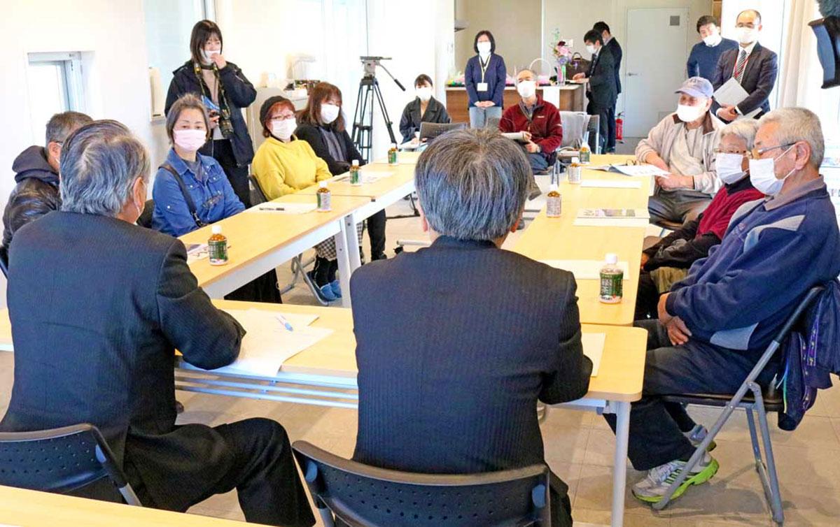 交流会では野田市長が釜石出身の住民らの思いを聞いた