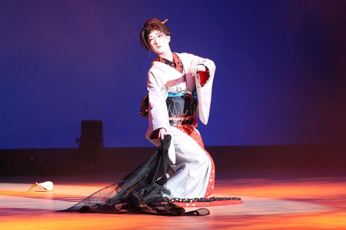 色香漂う舞に拍手喝采!観客を魅了した細川恵ノ丞さんによる「夜叉のように」