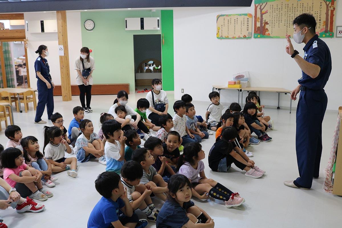 釜石海上保安部が開いた海洋環境保全教室