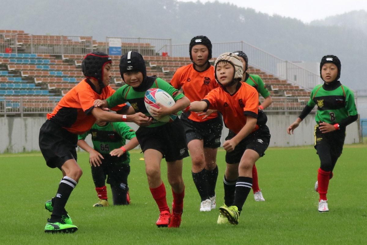 釜石SWジュニアと宮古ラグビースクールの交流試合