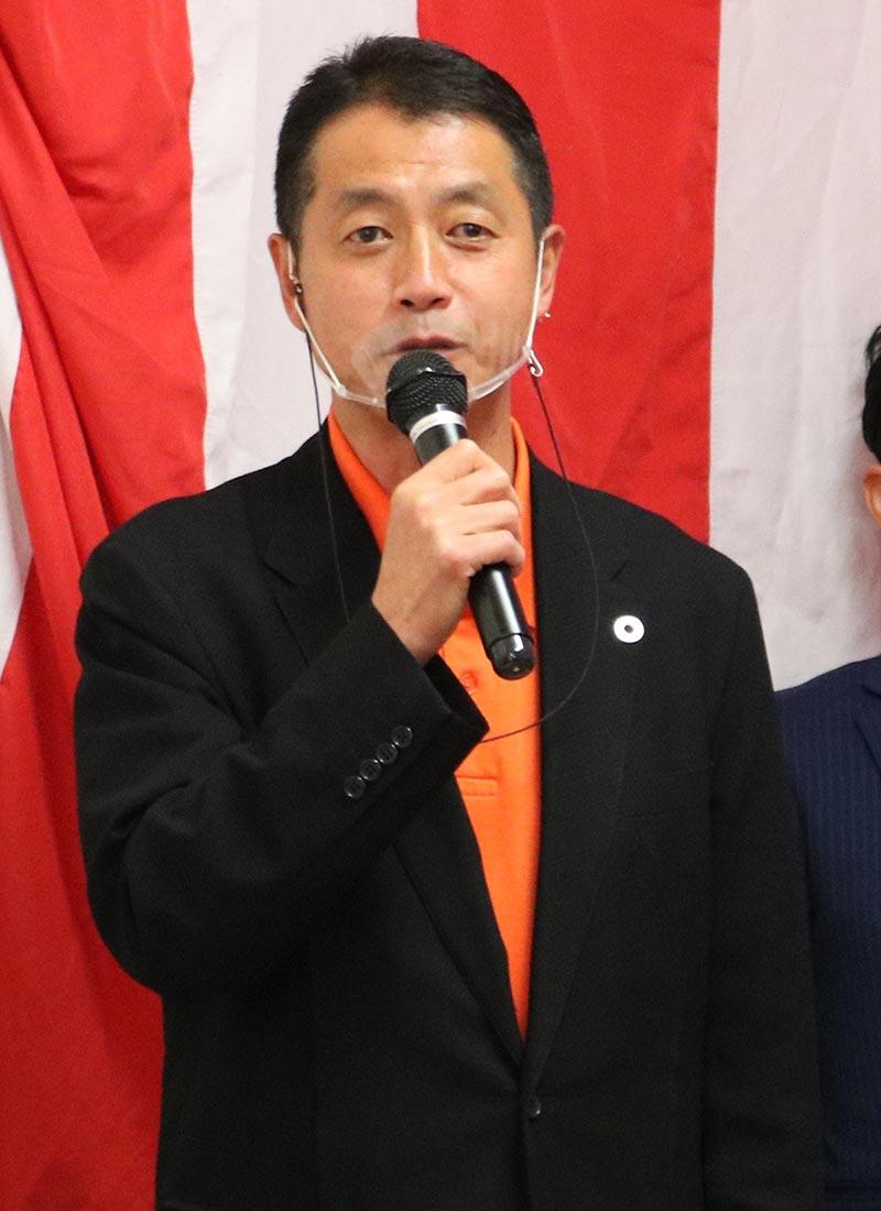 あいさつで日本改革へ意気込みを示す大林氏